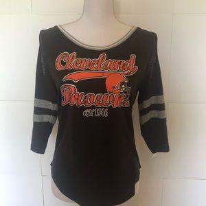 NFL Apparel Clev  Browns LS T-shirt juniors large